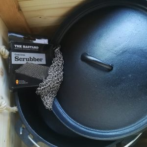 BBQ box dutch oven